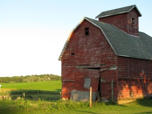 Barn in Green County. Photo by Jessica Becker
