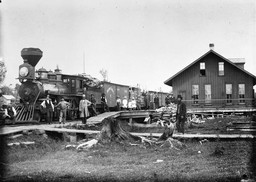 A Wisconsin Central Railroad train at the depot in Colby, Wisconsin. Photo: Wisconsin Historical Society.